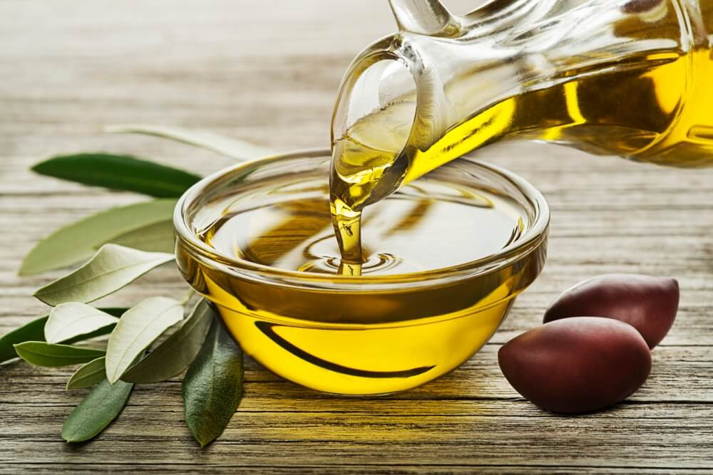 Polyphenols in olive oil